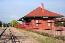 Free Rustic Railroad Station Royalty Free Stock Images - 924899