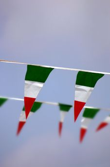 Free Small Italian Flags Royalty Free Stock Photography - 925717