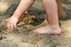 Free Child On The Beach Royalty Free Stock Images - 926019