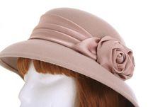 Free Ladies Hat Royalty Free Stock Photo - 928525