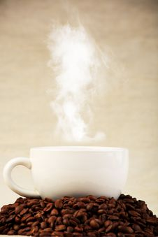 Free Heap Of Coffee Royalty Free Stock Images - 9215419