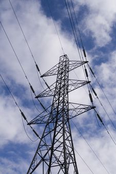 Free Structure Of Electricity Pylon Stock Photo - 9215920