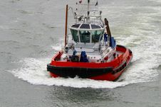 Free Harbour Tugboat Royalty Free Stock Images - 9216359