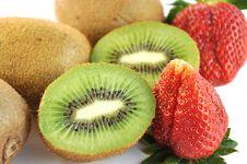 Free Kiwi And Strawberry. Royalty Free Stock Images - 9219599