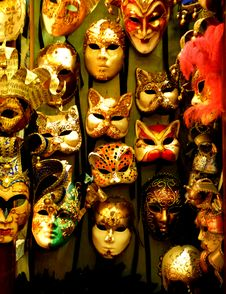Free Mask Shop Royalty Free Stock Photo - 92128545