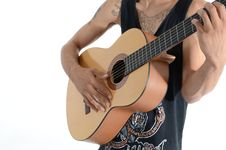 Free Person In Black Tank Top Playing Acoustic Guitar Royalty Free Stock Images - 92159999