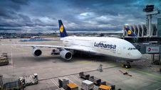 Free Lufthansa A380 At Terminal Royalty Free Stock Photos - 92160758
