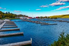 Free Empty Docks In Blue Waters Royalty Free Stock Photo - 92161015