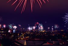 Free Fireworks Over City At Night Royalty Free Stock Images - 92161049