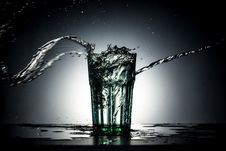 Free Glass With Water Splash Stock Images - 92161114