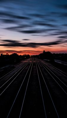 Free Railroad Tracks At Sunset Stock Photos - 92161163