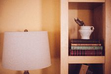 Free Old Vintage Books Case Wood Shelf Ikea Lamp Royalty Free Stock Photography - 92161417