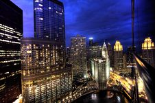 Free Free Stock Photos – Chicago Skyline At Night From Hotel 71 On Wacker Drive Stock Images - 92161494