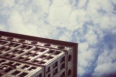 Free Chicago Gothic Architecture Against Blue Skies Stock Photo - 92161560