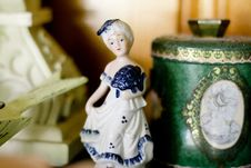 Free - Porcelain Figure Vintage British 17th Century Style Stock Photography - 92161652