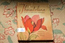 Free - Vintage Book Children's Thumbelina Illustrations Stock Photo - 92161700