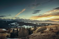 Free Mountain Snow Peak Evening Sunset Clouds Valley Stock Image - 92161921
