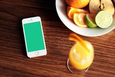 Free IPhone Apple Fruit Orange Lime Drink Wood Table Bowl Royalty Free Stock Photos - 92161958