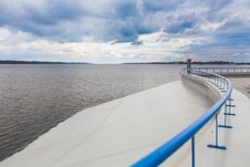 Free Dam In Wloclawek Vistula Stock Photo - 92162280