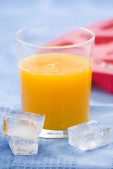 Free A Delicious Freshness Orange Juice Royalty Free Stock Images - 9222629