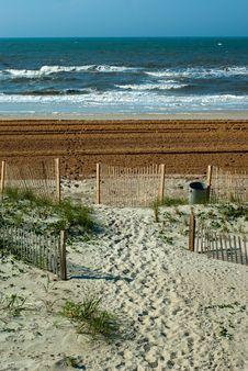 Free Beach Near The Atlantic Ocean Royalty Free Stock Photo - 9222945