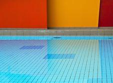 Free Geometric Swimming Pool Stock Image - 9224171
