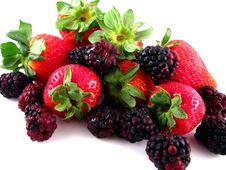 Strawberries & Blackberries Royalty Free Stock Photos