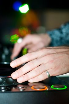 Free Close-up Of Deejays Hand And Turntable Stock Image - 9227981