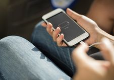 Free Charging Ipod Stock Images - 92237704