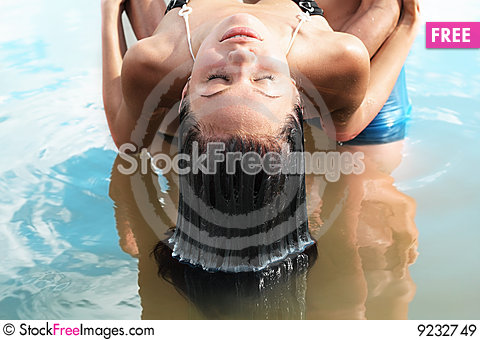 Free Wet Hair Royalty Free Stock Images - 9232749