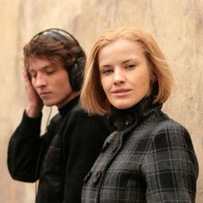 Woman And Man Listening To Music Royalty Free Stock Images