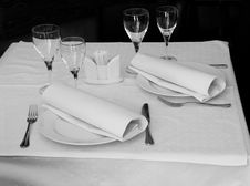 Free Restaurant Table Stock Images - 9234984