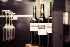 Free Vinothek Red Wine Vino Vine Bottle Glass Royalty Free Stock Images - 92329839