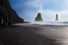 Free Reynisfjara Black Sand Beach &x28;Vík, Iceland&x29; Stock Photos - 92330023