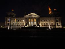 Free Berlin Reichstag Stock Image - 9240501