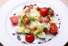 Free Salad With A Bacon Royalty Free Stock Photography - 9240797