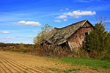 Free Old Barn In County Stock Images - 9246874