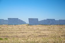 Free Group Of Solar Panels Royalty Free Stock Photos - 9249918