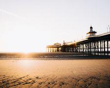 Free Long Pier  Stock Image - 92429181