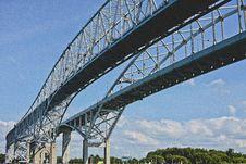 Free White 2 Bridges Stock Photo - 92459860