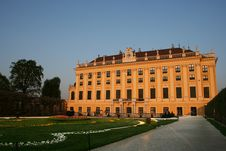 Free Beautiful Palace Of Schoenbrunn In Vienna / Austri Stock Photography - 9250582