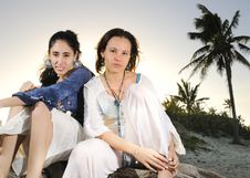 Free Two Girls On The Beach Royalty Free Stock Photography - 9251457