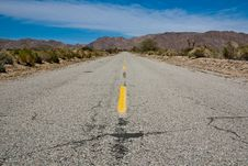 Free Desert Highway Royalty Free Stock Photography - 9255397