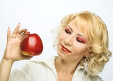 Free Portrait Of Young Woman With Red Apple Royalty Free Stock Images - 9257029