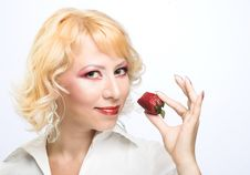Free Portrait Of Young Woman With Strawberry Stock Photos - 9257033