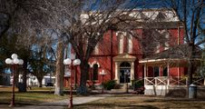 Free The Brewster County Courthouse In Alpine Royalty Free Stock Photo - 92524565