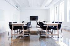 Free Modern Meeting Room Royalty Free Stock Image - 92524586