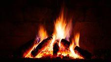 Free Burning Bonfire Royalty Free Stock Photo - 92524645