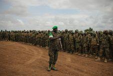 Free AMISOM Force Commander Tours Afgoye Corridor 08 Royalty Free Stock Photography - 92590167