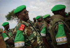 Free AMISOM Force Commander Tours Afgoye Corridor 09 Royalty Free Stock Photography - 92590227